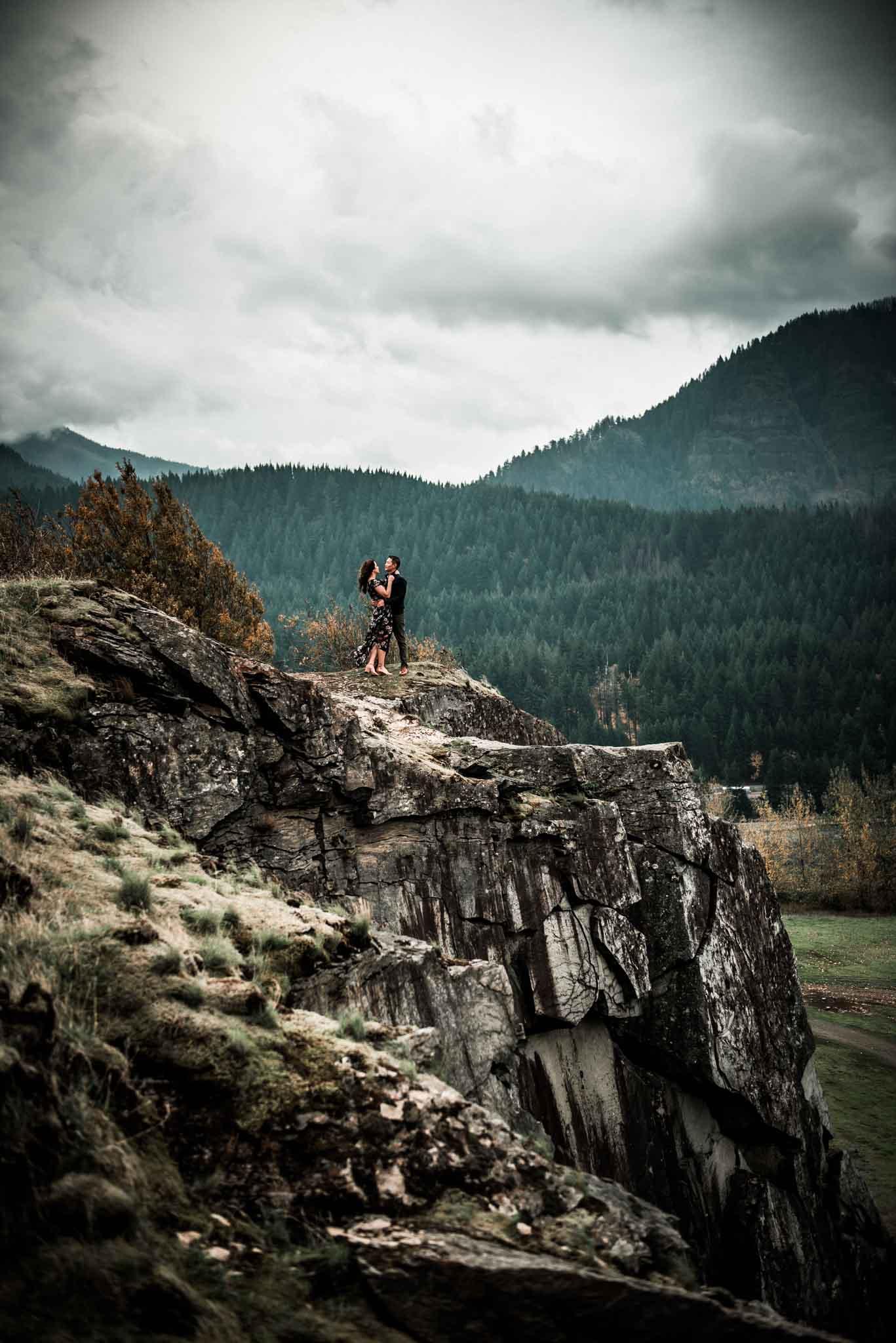 Cascade Locks Engagement-17
