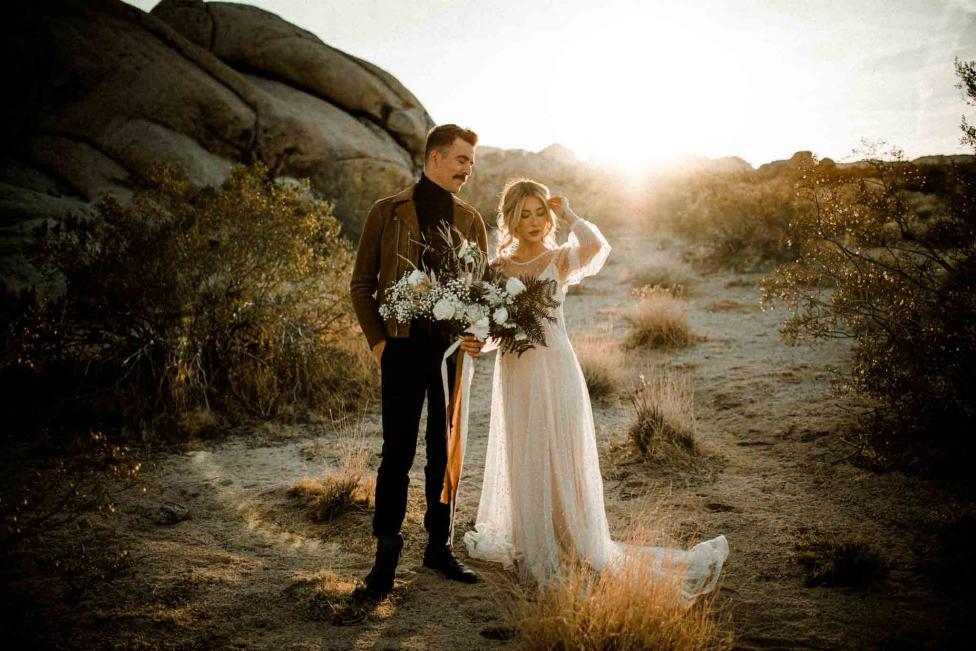 Intimate bohemian Joshua Tree National Park Elopement styled shoot. Filled with romantic neutrals and exquisite details. By Oregon Wedding Photographer Dionne Kraus